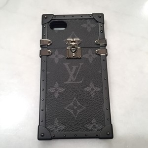 half off 142b2 7ee36 Louis Vuitton Petite Malle Iphone 6 7 8 (Does Not Fit Plus) Case Runway  Sold Out S/S '17 Tech Accessory