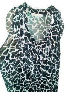 Charlotte Russe Stretchy Sheer Rayon Sleeveless Top Black and White
