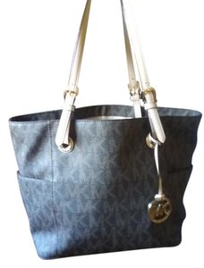 Michael Kors Tote in Canvas