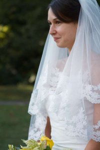 Ivory Medium Lace Applique Bridal Veil