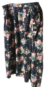 Sag Harbor 100% Polyester Skirt FLORAL