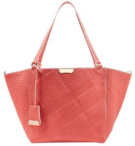 Burberry Tote in rose pink