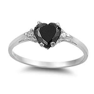 9.2.5 Adorable onyx and white topaz heart ring size 6