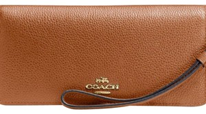 Coach NWT slim wallet
