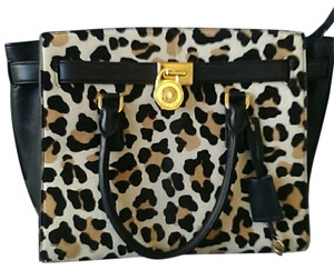 Michael Kors Satchel in Black/Suntan Leopard