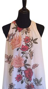 Vince Camuto Top pale pink floral