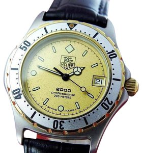 TAG Heuer MIDSIZE TAG HEUER