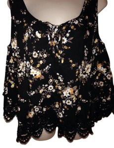 Buffalo David Bitton Nwt Cold Floral Enbroydered & Top Black, White & Yellow