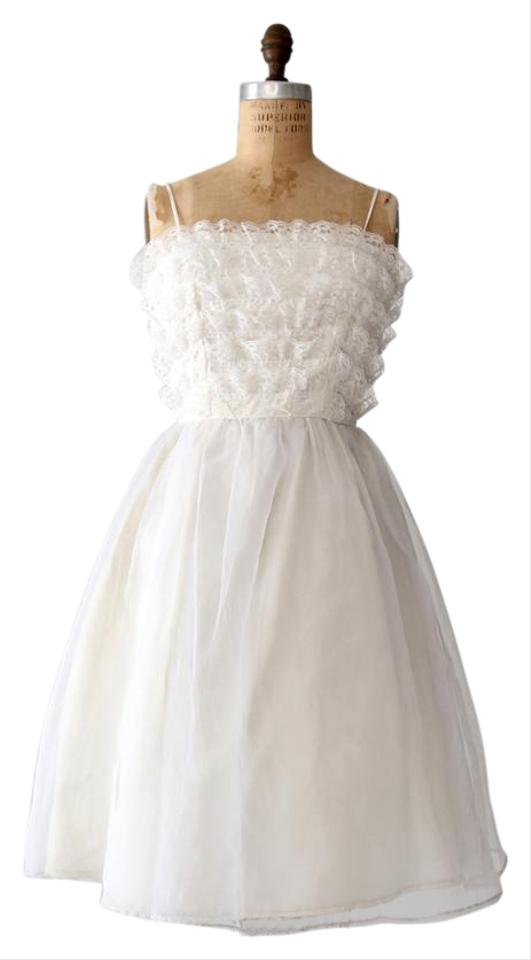 Saks Fifth Avenue White Polyester Vintage 1960s Traditional Wedding