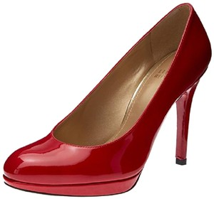 Stuart Weitzman Leather Spring Round Toe red patent Pumps