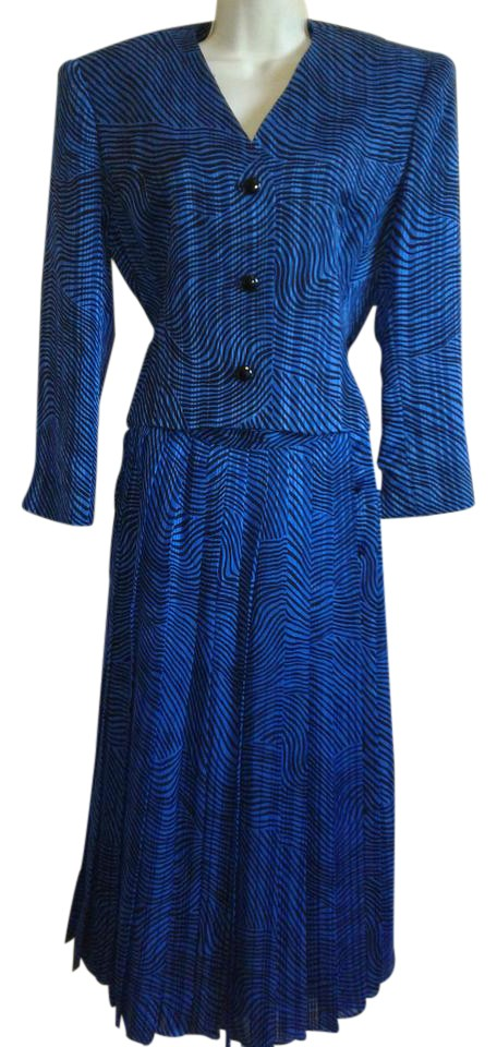 Neiman Marcus Blue And Black David Hayes For Womens Skirt Suit Size