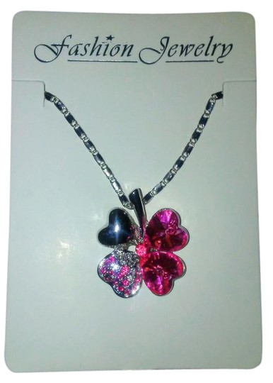 Preload https://img-static.tradesy.com/item/20642537/pink-and-silver-valentines-day-heart-lucky-four-leaf-clover-chain-necklace-0-1-540-540.jpg