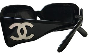 Chanel Black square Mother of Pearl CC Sunglasses
