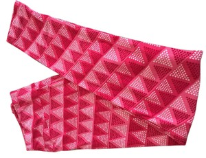 LuLaRoe #lularoe #leggings #triangles #valentines Day #vday Pink red white xoxo triangles Leggings