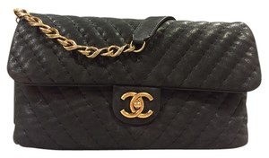 Chanel Classic Flap Gold Chain Chevron Leather Shoulder Bag