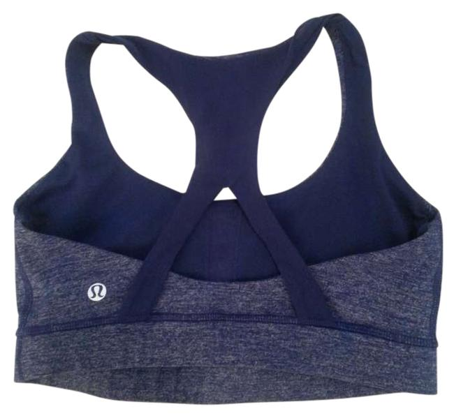 Preload https://img-static.tradesy.com/item/206429/lululemon-blue-static-luon-activewear-sports-bra-size-6-s-28-0-0-650-650.jpg
