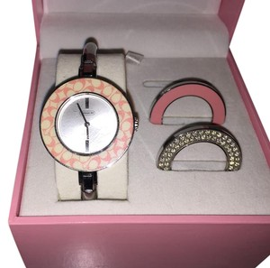 Coach Gallery Breast Cancer Watch