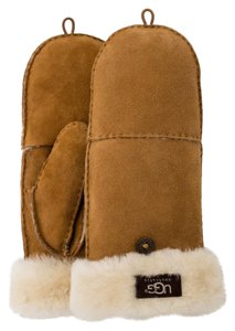 UGG Australia Ugg Lambskin Flip Mittens 50% OFF NEW WITH TAGS