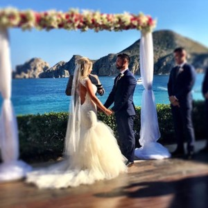 Justin Alexander Beautiful Custom Wedding Gown Wedding Dress