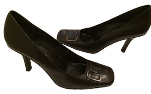 Bandolino Leather Buckle Black Pumps