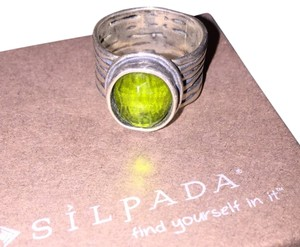 Silpada Silver And Emerald Ring