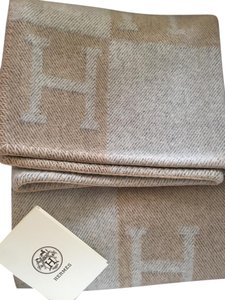 Hermès Hermes Avalon Cashmere and Wool Blanket Beige Coco and Chamomile rare