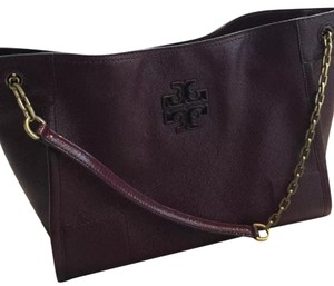 Tory Burch Tote in maroon