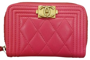 Chanel Chanel Hot pink O-coin purse with gold hardware