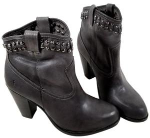 Frye Studded Short Vintage Leather Rugged Charcoal Boots
