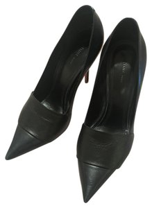 Céline Navy Leather Pointed Black / Blue Pumps