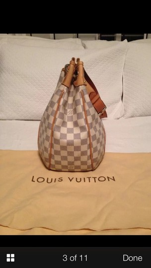 Louis Vuitton Tote in White And Tan