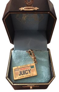 Juicy Couture Juicy Liscence Plate