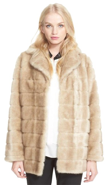 Item - Beige Faux Bbow Detail Teddy Bear Coat Size 6 (S)