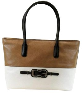 Guess Tote in Khaki brown and white
