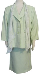 Le Suit New LE SUIT Soft Green Lined Skirt Suit 18W