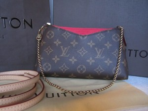 Louis Vuitton Gold Chain Monogram Pallas Leather brown Clutch