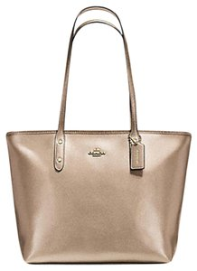 Coach 36875 Satchel 36876 Tote in Gold plantinum /Gold Tone