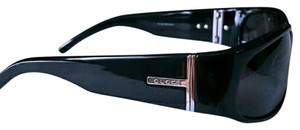 Gucci Wrap around plastic sunglasses