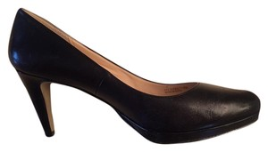 Cole Haan Leather Professional Matte Simple Black Pumps