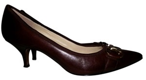 Ellen Tracy Color Career Office Closed Toe Gold Tone Brown Pumps
