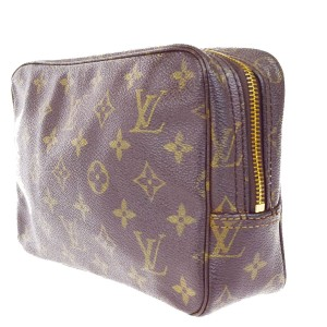 Louis Vuitton Trousse Toilette 23 Clutch Hand Bag Monogram BN M47524 clutch