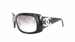 Chanel Chanel 33965 Vintage CC Logo Black quilted Sunglasses