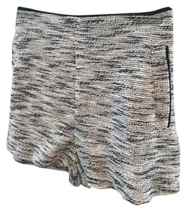 Lush Woven Striped Pattern Shorts Blue