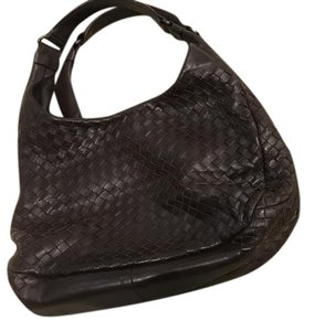 Bottega Veneta #bottegaveneta #campana #bvcampana #bvbrown #brown Shoulder Bag