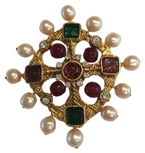 Chanel Authentic Rare Vintage Chanel Poured Glass Gripoix Brooch