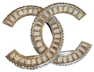 Chanel Chanel large CC golden Crystal brooch