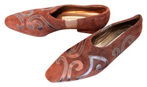 Via Spiga brown suede with leather design Flats