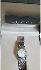 Gucci 5500L Stainless Steel Mother of Pearl Diamond Watch