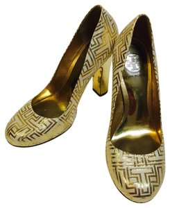 Tory Burch cream and gold combination Pumps