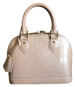 Louis Vuitton Alma Bb Vernis Nude Rose Ballerina Satchel in Rose Florentine